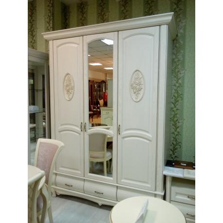 Шкаф 3-дверный Оскар с декором И007.02