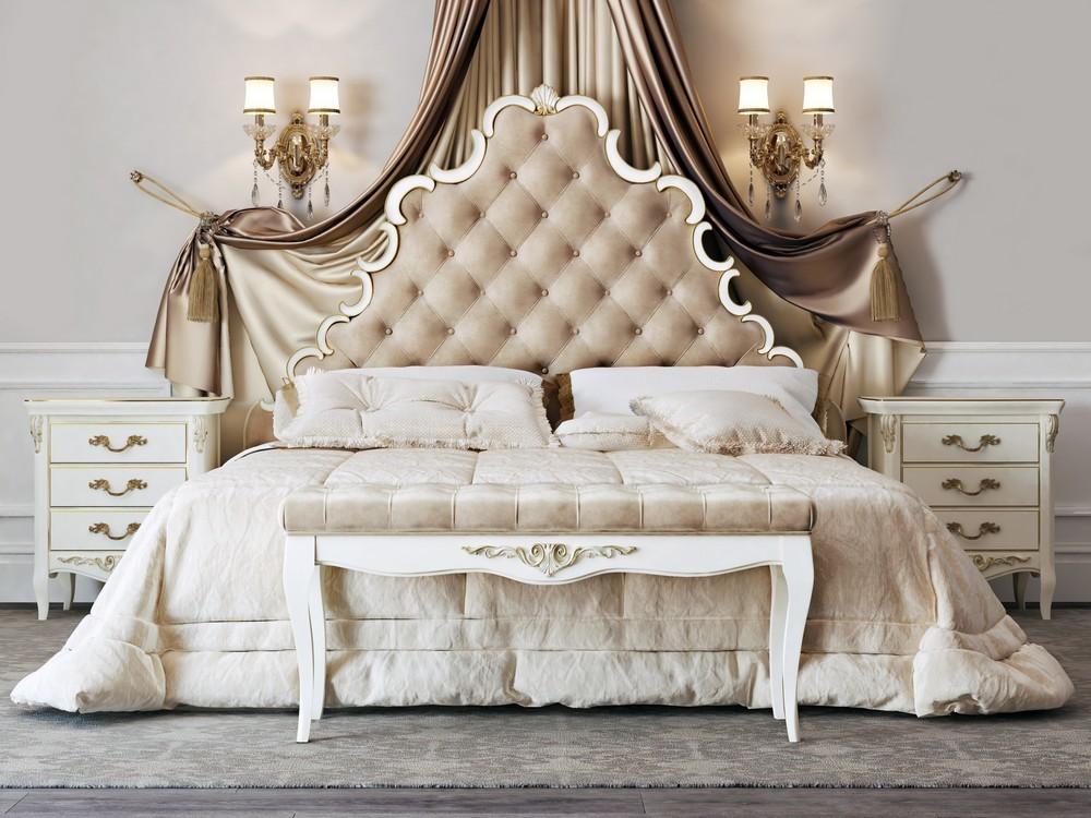 акция на кровати в классическом стиле с мягким изголовьем